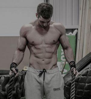 ... 男模泳装图片 肌肉帅哥照片 肌肉男三角泳裤 肌肉男