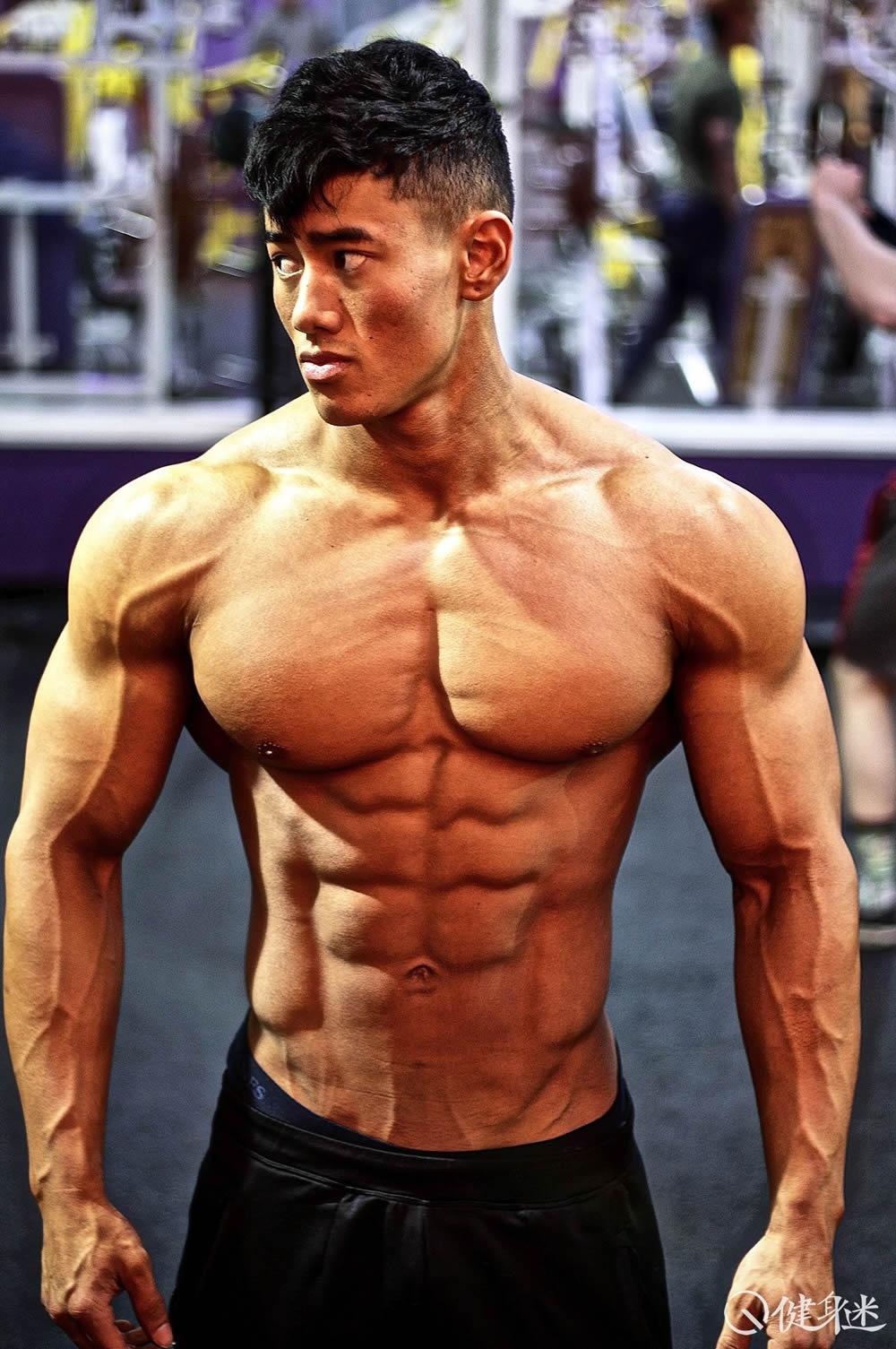 健身男_越南法国混血健美肌肉男模Steven Cao健身照片 steve cao身高体重 ...